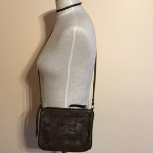 TOPSHOP WASHED LEATHER CROSSBODY BAG